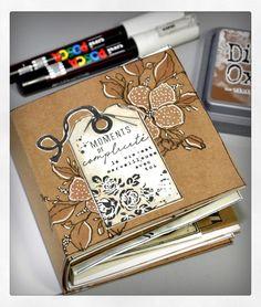 Ideas for art journal travel mini albums Album Photo Scrapbooking, Mini Albums Scrapbook, Mix Media, Mini Album Scrap, Displaying Kids Artwork, Canvas Art Quotes, Watercolor Art Diy, Easy Art Projects, Album Book