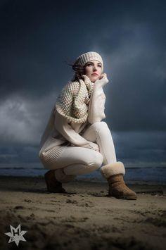 Fotoshoot met model Elaine Steenstra op het strand in Zandvoort - © Fotografie: Martin Hogeboom