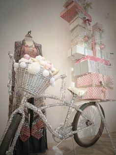 Love the glitter on the bike! Great for a store window or display! retail display Gift Shop Magazine www.giftshopmag.com