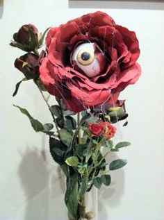 How to Make an Eyeball Rose #DIY #halloween #howloscream