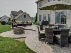 Arizona Flagstone stamped concrete patio - All For Garden Poured Concrete Patio, Concrete Backyard, Concrete Patio Designs, Flagstone Patio, Backyard Patio Designs, Patio Ideas, Backyard Ideas, Stamped Concrete Patios, Backyard Landscaping
