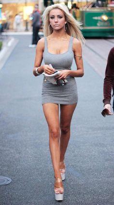 Hot Blonde Girls, Hot Girls, Tight Dresses, Sexy Dresses, Blondes Sexy, Short Skirts, Short Dresses, Dress Long, Courtney Stodden