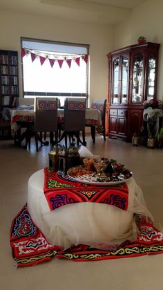 زينة رمضان Ramadan decoration Christmas Door Decorations, Ramadan Decorations, Holiday Decor, Ramadan Activities, Ramadan Crafts, Home Decor Bedroom, Living Room Decor, Diy Home Decor, Living Rooms