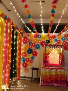 Ganesh Chaturthi Dekoration – My World Diwali Decoration Lights, Diwali Decorations At Home, Diwali Lights, Backdrop Decorations, Diy Wedding Decorations, Flower Decorations, Diwali Diy, Diwali Craft, Ganpati Decoration Design