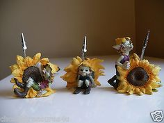 3 SUNFLOWER PIXIES/NOTE HOLDERS ANTHONY FISHER RECIPE CARD SUNFLOWERS w/clips. Adorable for your kitchen recipe holders! Great stocking stuffers!