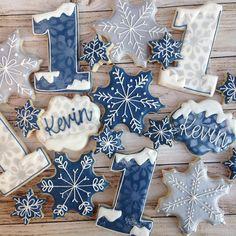 Winter ONEderland! #customcookies #decoratedcookies #sarahscustomcookies #winteronederland