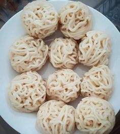 Resep Pempek Keriting Indonesian Desserts, Indonesian Food, Indonesian Recipes, Oatmeal Muffins, Palembang, Diy Food, Seafood, Side Dishes, Food And Drink