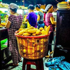 This is for us one of the food symbols of Vietnam: Freshly baked baquette! Bread is called Banh Mi but normally when you order a Banh Mi in Vietnam you get the most awesome sandwich in the world  . . . . .  #tripgourmets #vietnam #vietnam #vietnamtrip #vietnam2017 #travelbloggers #foodietribe #traveltribe #travel #travelfoodie #chao #chaosuon #vietnamesefood #vietnamfood #foodvietnam #cheapeats #deliciouseats #eatandeat #hộian #asiafood #foodporndaily # #bestsandwich #banhmy #yummies…