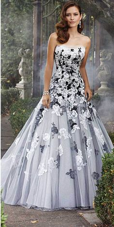Wedding Dress Photos - Find the perfect wedding dress pictures and wedding gown photos at WeddingWire. Browse through thousands of photos of wedding dresses. Wedding Robe, Tulle Wedding, Bridal Lace, Bridal Gowns, Mermaid Wedding, Floral Wedding, Floral Lace, Gothic Wedding, Flowery Wedding Dress