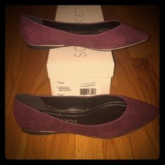 "Lowest Price! NIB Sole Society ""Faye"" suede flats LoWest Price!!! NIB Sole Society ""Faye"" burgundy suede flats. Size 9. Fit true to size. Never worn and gorgeous! Sole Society Shoes Flats & Loafers"