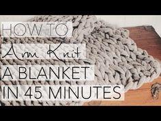 "So ""strickst"" du dir eine Kuscheldecke in nur 45 Minuten! Goes easy with Arm-Knitting. InStyle shows how arm knitting works. Chunky Knitting Patterns, Circular Knitting Needles, Knitting Yarn, Chunky Blanket, Chunky Yarn, Large Knit Blanket, Hand Knit Blanket, Chunky Knit Throw, Knitted Bags"