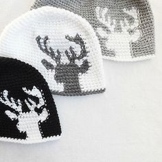 Dylan Deer Silhouette by Lakeside Loops, tapestry crochet pattern for sale on Etsy and Ravelry