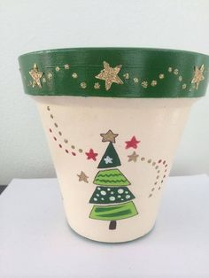Idea Of Making Plant Pots At Home // Flower Pots From Cement Marbles // Home Decoration Ideas – Top Soop Flower Pot Art, Flower Pot Design, Clay Flower Pots, Flower Pot Crafts, Clay Pot Crafts, Clay Pots, Holiday Crafts, Clay Flowers, Painted Plant Pots
