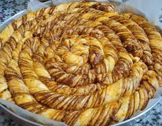 Flour Recipes, Cake Recipes, Kitchen Recipes, Cooking Recipes, Cakes Originales, Gozleme, Bread And Pastries, Breakfast Items, Turkish Recipes