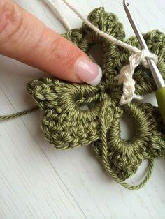 ceb9da03c63cf Irish Clover Granny Free Pattern (Annoo s Crochet World)