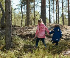 A trip to the woods is a wonderful opportunity for the whole family to get some exercise. #Reima #Outdoors #Familytime #Siblings #KidsWear Nordic Design, Kids Wear, Siblings, Family Travel, Originals, Life Is Good, Activities For Kids, Opportunity, Woods