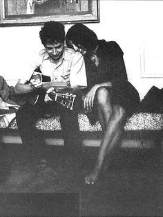 play. Bob Dylan and Joan Baez