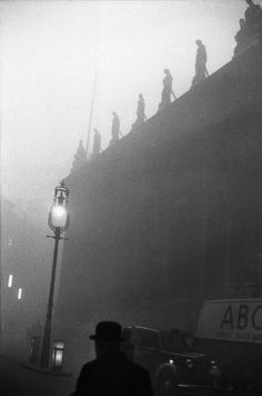 london, 1959 photo by sergio larrain/magnum photos, from london 1958-59