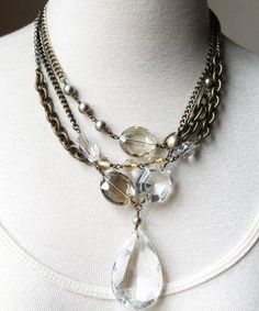 Not only crystals can be used to make your own crystal jewelry, they could also make good ornaments and at the same time accessories for clothes. Crystal Jewelry, Metal Jewelry, Unique Jewelry, Handmade Jewelry, Jewelry Design, Skull Jewelry, Western Jewelry, Tribal Jewelry, Vintage Jewelry Crafts