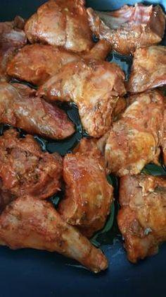 Conejo al salmorejo Chicken Wings, Lamb, Pork, Meat, Rabbit, Dining, Kitchen Stuff, Easy Food Recipes, Kitchens