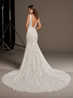 Discover our Pronovias Wedding Dress Collection. View our amazing selection of unique bridal dresses and gowns featuring the latest trends. Book an appointment now! Wedding Dress Bustle, Sheath Wedding Gown, Amazing Wedding Dress, Lace Mermaid Wedding Dress, Wedding Gowns, Boho Wedding, W Dresses, Bridal Dresses, Pronovias Wedding Dress
