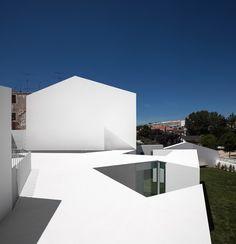 House in Alcobaça. Location: Alcobaça, Portugal; architects: Aires Mateus Associados