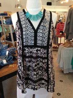 Bold prints paired with a funky necklace for a pop of color=instant fashion #toocute #hotmama
