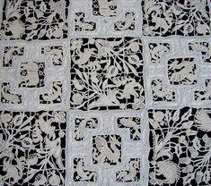 Maria Niforos - Fine Antique Lace, Linens & Textiles :  Magnificent & Rare Amelia Ars Reticella Table Cloth