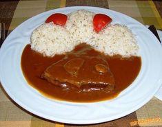 Debrecínská roštěná. Thai Red Curry, French Toast, Food And Drink, Menu, Pudding, Cooking, Breakfast, Ethnic Recipes, Desserts