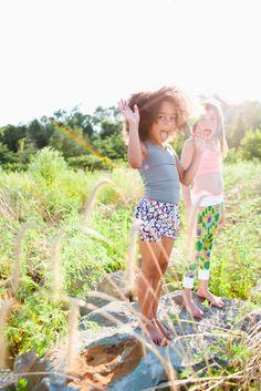 Fashionkins meets Healthykins // Little Yogis Child Fashion, Little Fashion, Beach Pool, Beach Girls, Outdoor Play, Summer Kids, Little People, Children Photography, Boy Or Girl