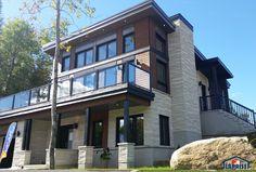 Zen / Contemporain | LAP0348 | Maison Laprise - Maisons pré-usinées Home Design Floor Plans, Beach House, Multi Story Building, New Homes, Construction, Exterior, House Design, Cottage Ideas, Flooring