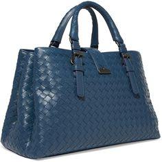 Bottega Veneta Roma small intrecciato leather tote (10.780 BRL) ❤ liked on Polyvore featuring bags, handbags, tote bags, leather tote purse, leather tote handbags, blue leather tote, blue leather handbags and leather purses