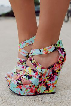 Floral Strappy Zipper Back Wedge FINDER-349 – UOIOnline.com: Women's Clothing Boutique