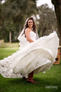 Southern Charm wedding dress - Footstone Photography