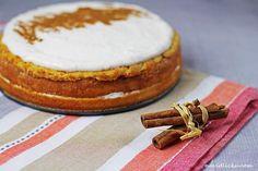 Apple Cake with Sour Cream / Jablečný dort se zakysanou smetanou   Na vidličku food blog