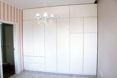 Zabudowa ściany otwierana na tipon | Meble Kalwaryjskie