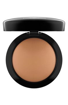 Free shipping and returns on MAC 'Mineralize' Skinfinish Natural at Nordstrom.com. Mineralize Skinfinish Natural   a face powder to set face after concealer is set