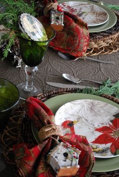 Christmas tablescape, table setting, place setting