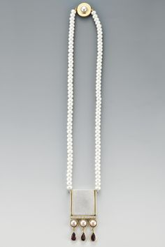 NECKLACE - STERLING SILVER, 18KT, 0.15CT DIAMONDS, GARNET, PEARLS