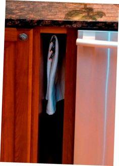Divine Kitchen Towel Racks Design Sublime Kitchen Towel Racks Kitchen Towel Rack, Towel Racks, Kitchen Colors, Kitchen Decor, Replacement Kitchen Doors, Subway Tile Kitchen, Rack Design, Apartment Kitchen, Modern Kitchen Design
