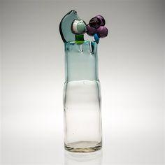 Glass sculpture Pompom vase by OivaToikka Glass Vessel, Glass Ceramic, Glass Design, Design Art, Stained Glass Art, Porcelain Ceramics, Decoration, Water Bottle, Pottery
