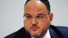 José Henrique Paim Fernandes, secretário executivo do   Ministério da Educação  http://w500.blogspot.com.br/