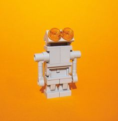 Adorable Robot LEGO Sculpture by Bodo Elsel