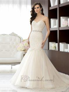 Elegant Sweetheart A-line Lace Vintage Wedding Dresses with Beading Sash