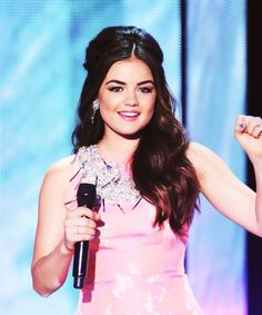Lucy Hale's makeup & hair!
