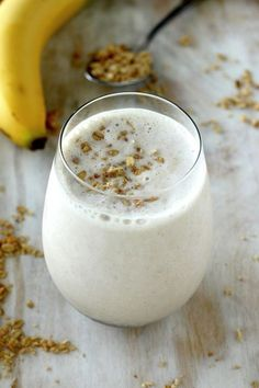 Banana and Honey Smoothie #recipe #healthy http://www.pinterest.com/newdirectionsbh/better-food-drinks/