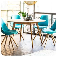 #Sillas #Chairs #Homy #Ideas #Inspiración #Inspiration #Espacios #Space #Comedor #Table #DiningRoom #Colores #Colorful #Modern #Look #Moderno #Calipso #Calypso #Turquesa #Madera #Wood