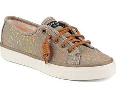 Sperry Top-Sider Women's Seacoast Canvas Sneaker in Fish Circle Taupe