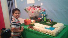 Mine craft cake ( cake and ricecrispi