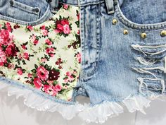 DIY Floral Printed White Lace Studded Shorts